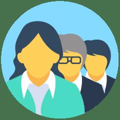 Icono que representa al Equipo de UNICAP. Una señora, un señor con gafas y rasgos asiáticos y, al fondo, un señor.